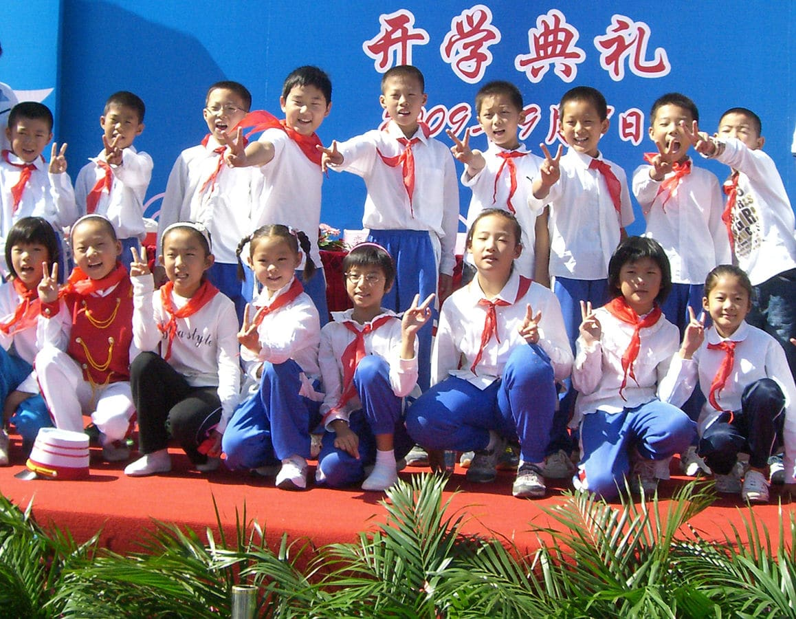 Private-or-Public-Schools_Teaching-in-China