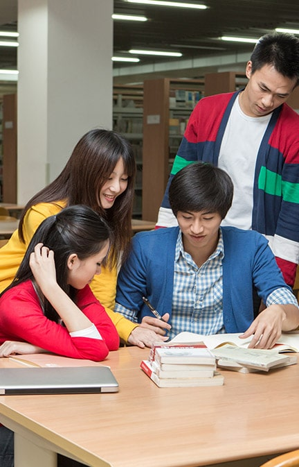 What are the salaries for teaching English in China?